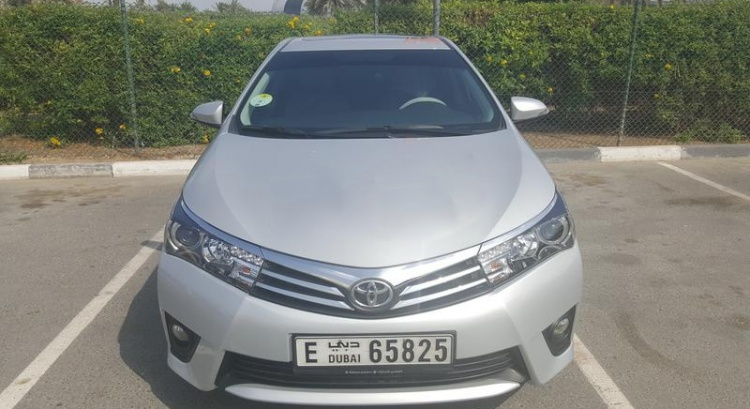 Toyota Corolla 2.0 Limited 2015 – 2 photos