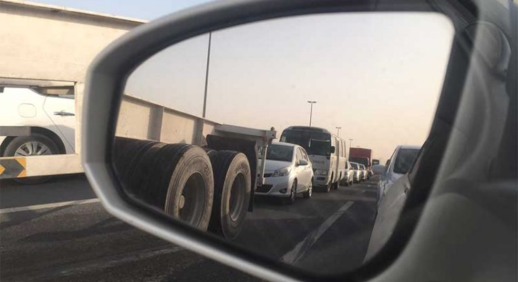 Dh1,000 fine, 4 black points for trucks in Abu Dhabi during peak hours