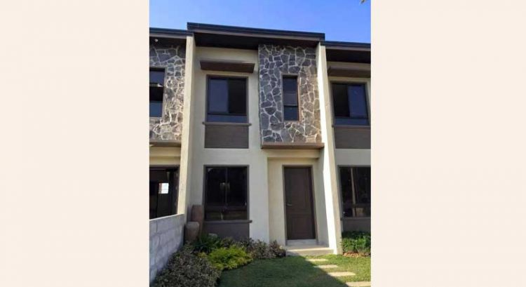 Affordable rent to own with reasonable down payment Townhouse