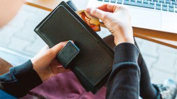 Dubai moves towards cashless society