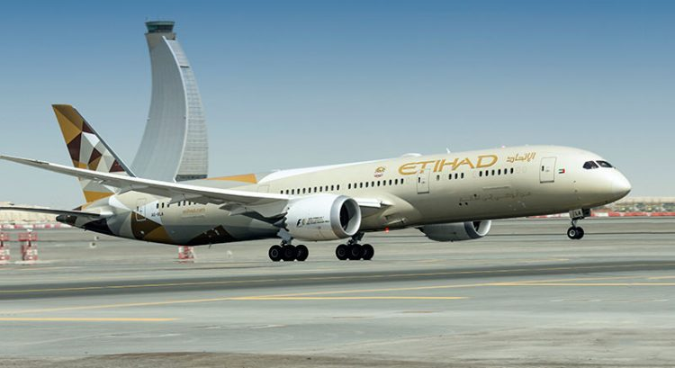 Etihad Airways ticket sale: 2 for price of 1