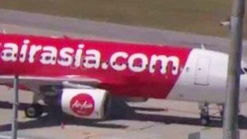 AirAsia passengers recount terror as plane plummets to 20,000 feet