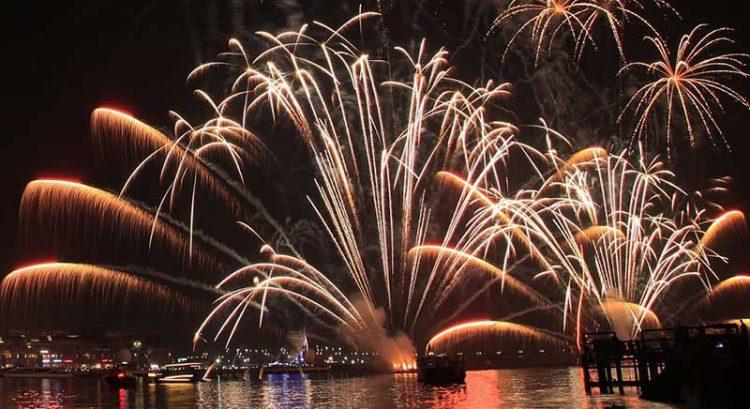 Abu Dhabi eyes New Year Guinness world record fireworks