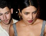 Nick Jonas, Priyanka Chopra now Instagram official