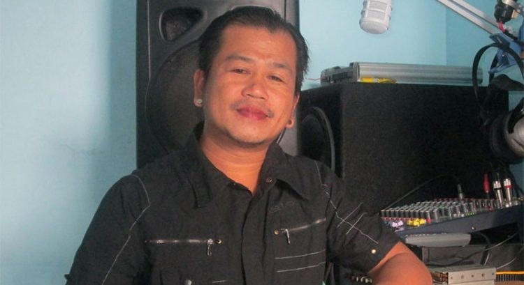 Gunmen kill radio commentator in Philippines