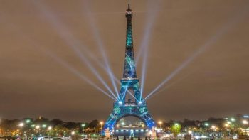 Eiffel Tower strike looms over long queues