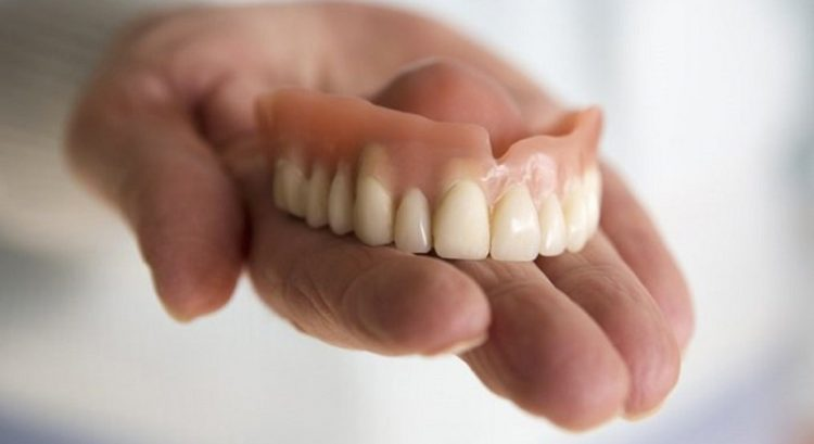 Ras Al Khaimah doctors save Filipina who swallowed denture