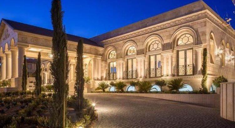 Floyd Mayweather's new $10 million Las Vegas mansion