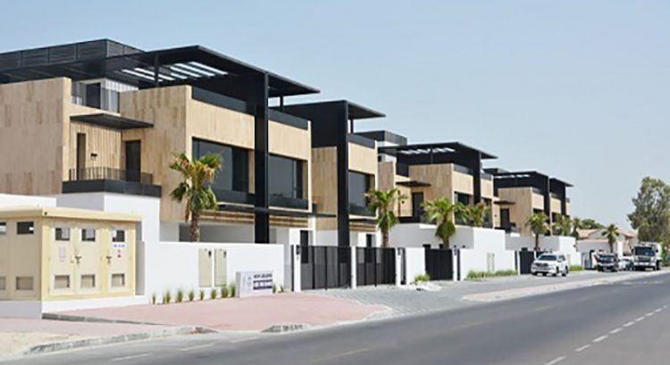 New luxury compound villas rise in Jumeirah