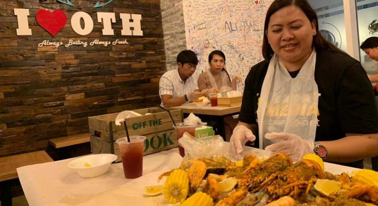 Dubai seafood 'fiesta' worth (boodle) fighting for?