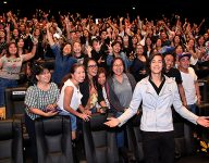 WATCH: Tommy Esguerra thrills fans in Dubai