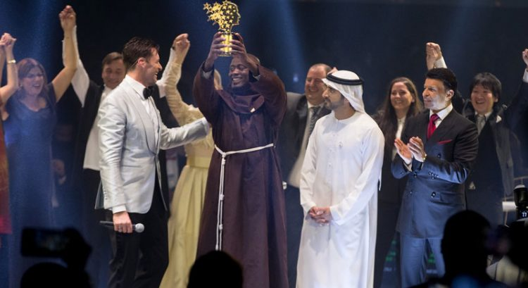 Kenyan teacher wins $1 million Dubai prize
