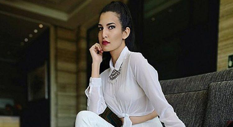 Image result for Indian Model Roshni Moolchandani
