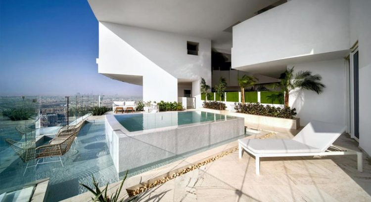 New Dubai hotel has 269 swimming pools