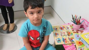 Lost Indian boy found by Filipina in Dubai to be placed in foster home