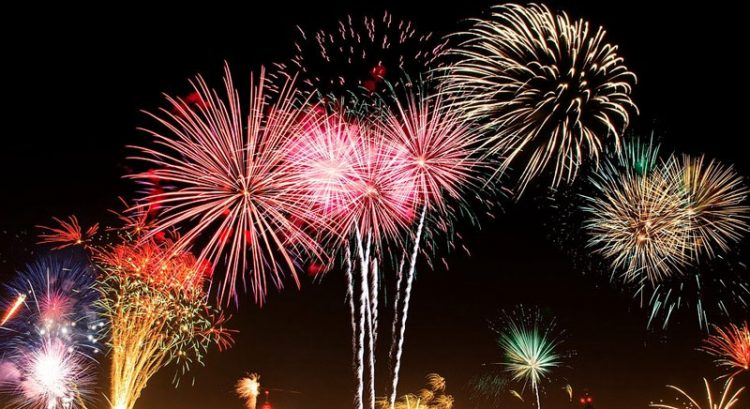Love fireworks in Dubai? Here's where to watch them for free