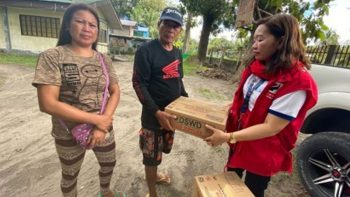 Family of Filipina killed in Kuwait gets Philippine aid