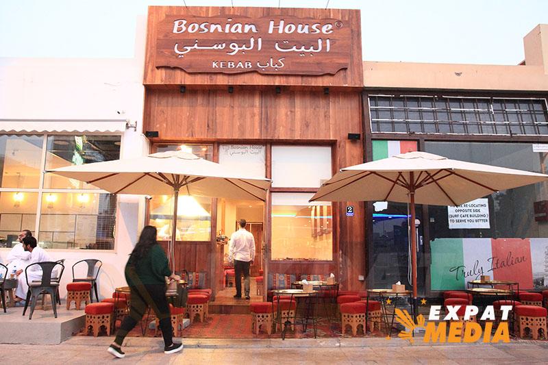 Dubai Food Festival Bus Tour. JONATHAN YBERA/EXPAT MEDIA
