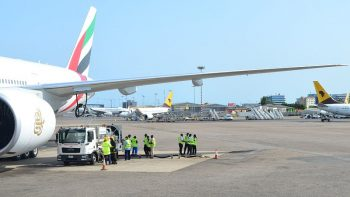Emirates staff, top execs take salary cuts amid coronavirus crisis