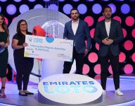 Filipina offering free food in Dubai gets Emirates Loto surprise