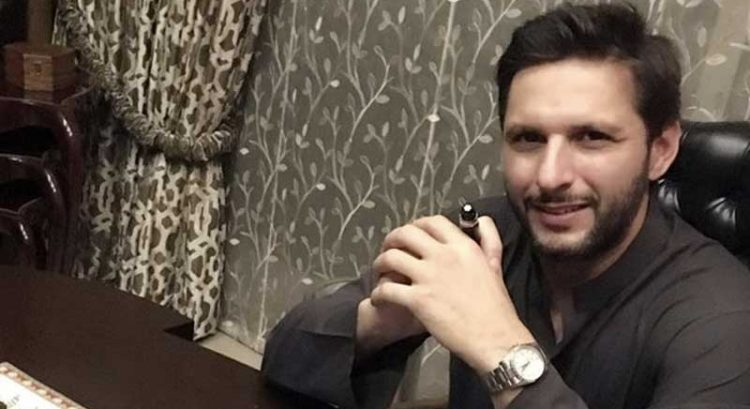 Shahid Afridi infected with Covid-19, 'aching badly'