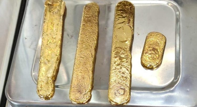 Dubai passenger who hid 1kg gold in body arrested
