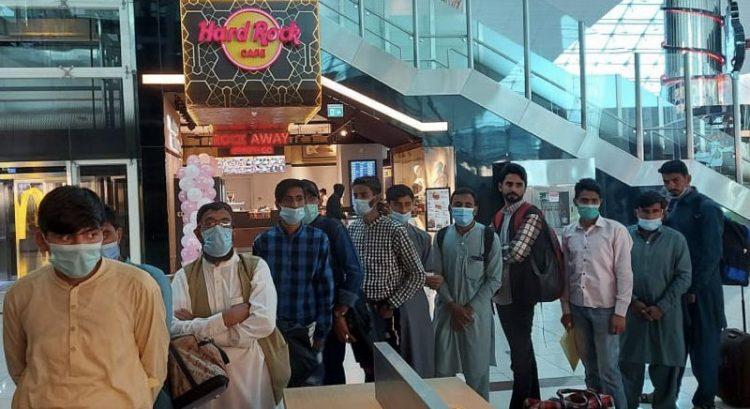 832 Pakistanis with visit visa denied entry into Dubai