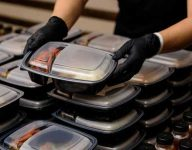 100 million free meals from UAE during Ramadan