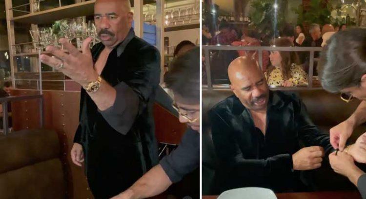 Steve Harvey does a Salt Bae in Dubai