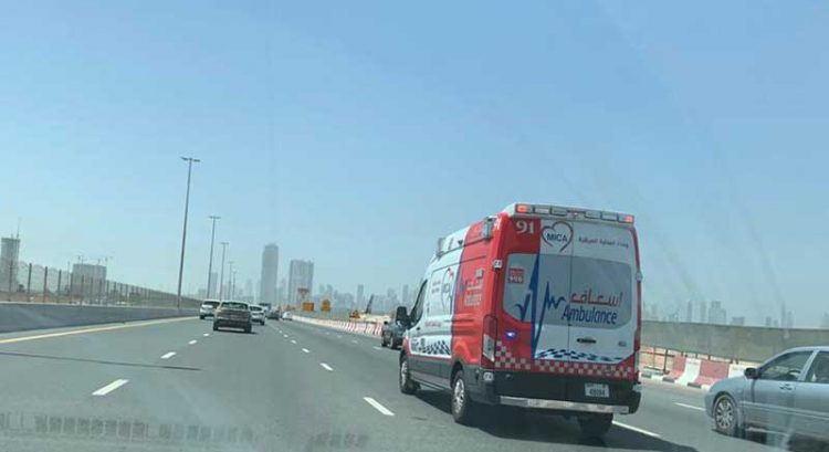 Emirati dies after car crashes into truck
