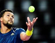 Jo-Wilfried Tsonga forced to retire in Dubai