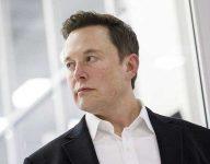 Elon Mask slams Apple over 'unreasonable' app store charges