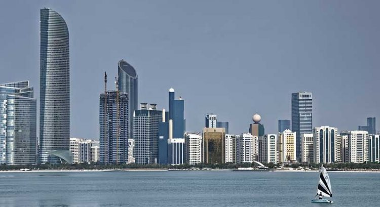 Abu Dhabi to issue professional licenses for 100% foreign ownership